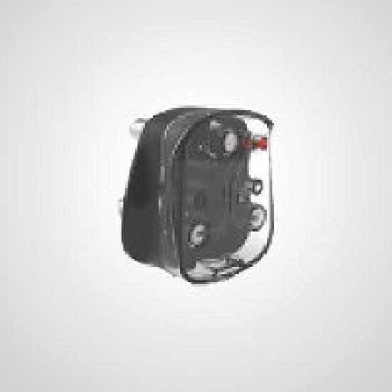 GM 3303  6 AMP. AXTON 3 PIN TOP